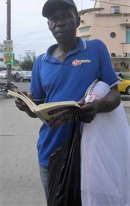 mosquito net vendor reading rodney